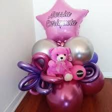Bouquet de globos con peluche mediano