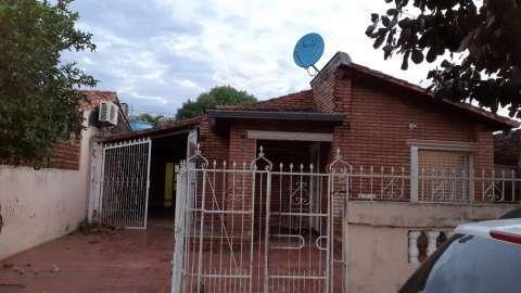 Casa en Fernando de la Mora - 0