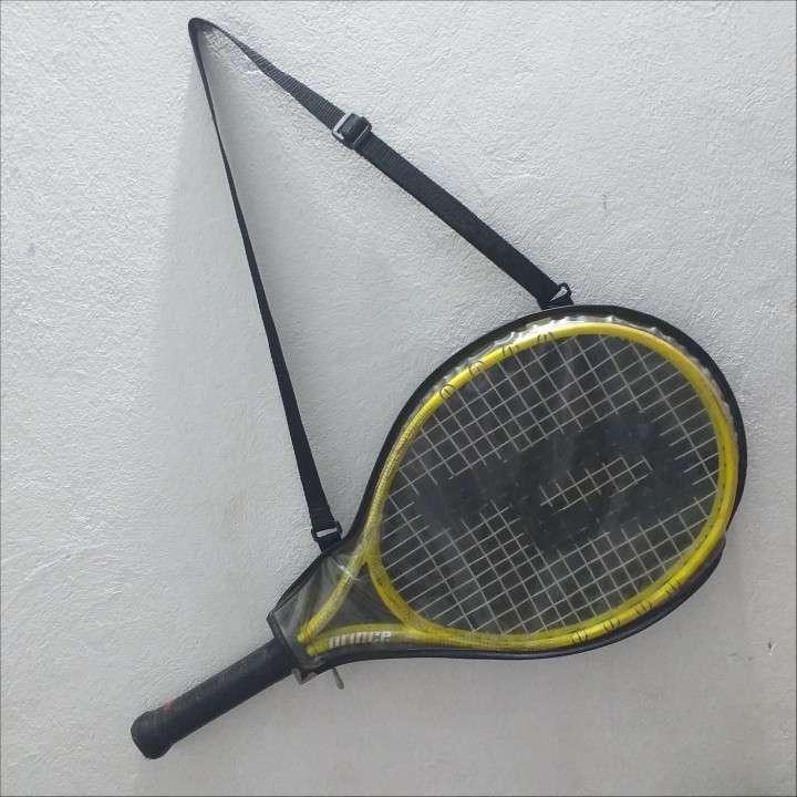 Raqueta de tenis y funda - 1