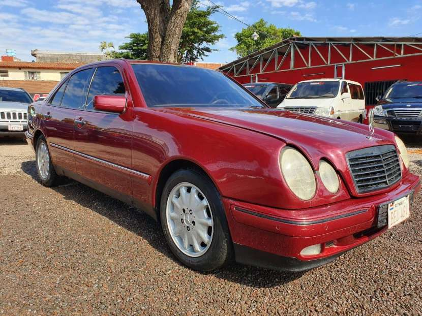 Mercedes Benz E300 1999 - 1