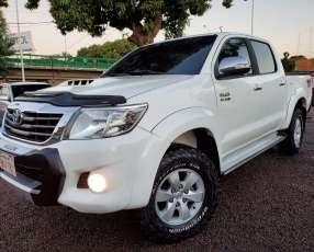 Toyota hillux 2012
