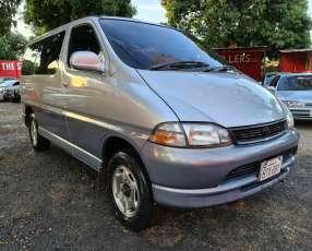 Toyota Granvia 1996