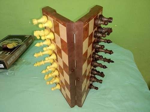 Juego de ajedrez y damas magnético de plástico - 4