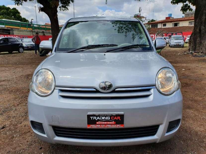 Toyota Sienta 2009 - 0