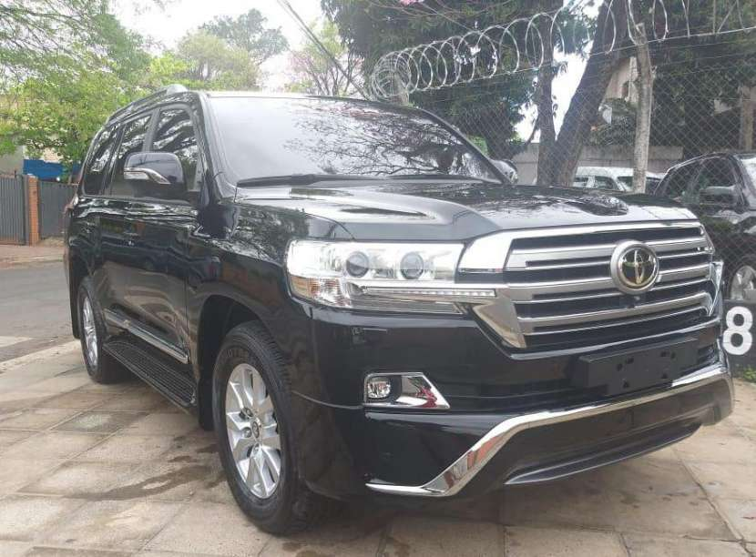 Toyota Land Cruiser VX 2018 - 1