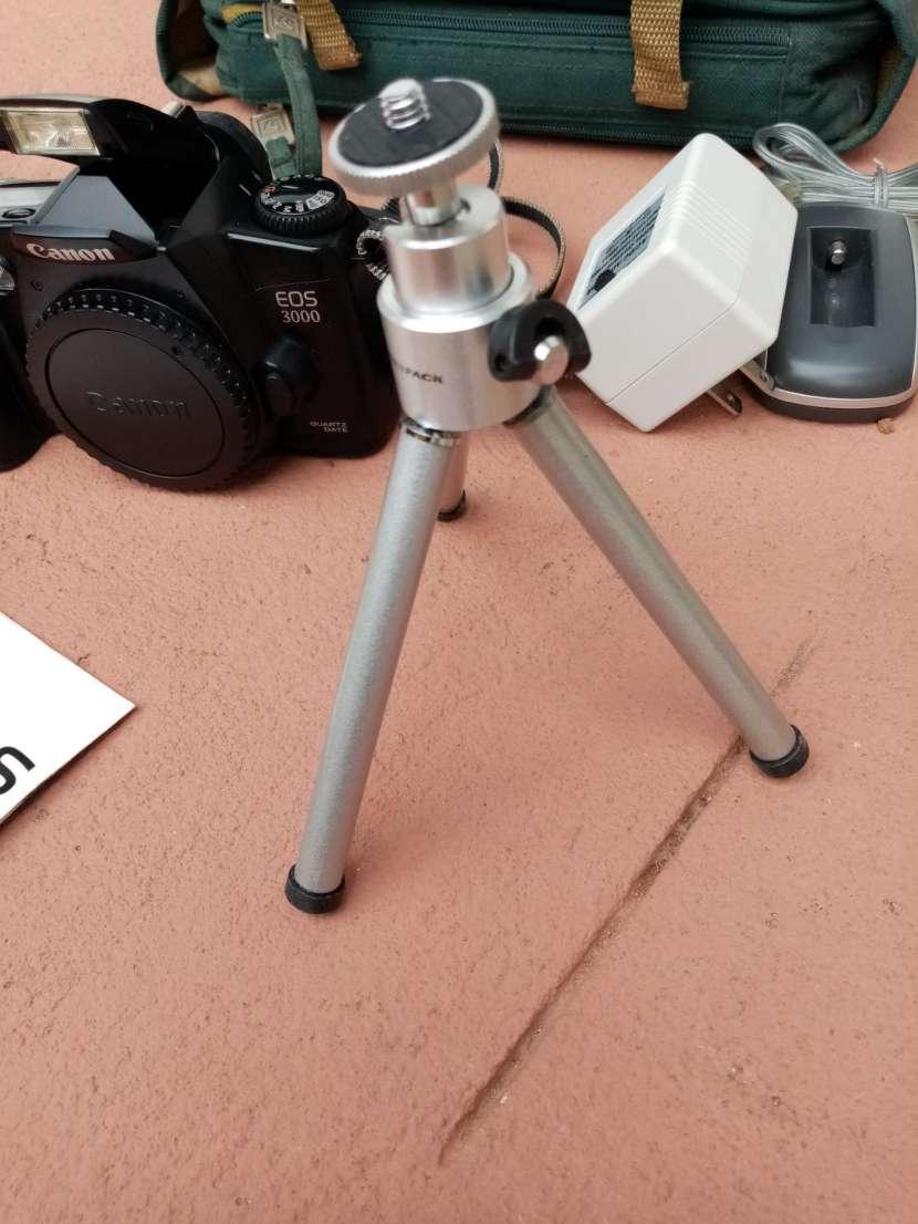 Camara Canon Analógica ( a rollo) - 3
