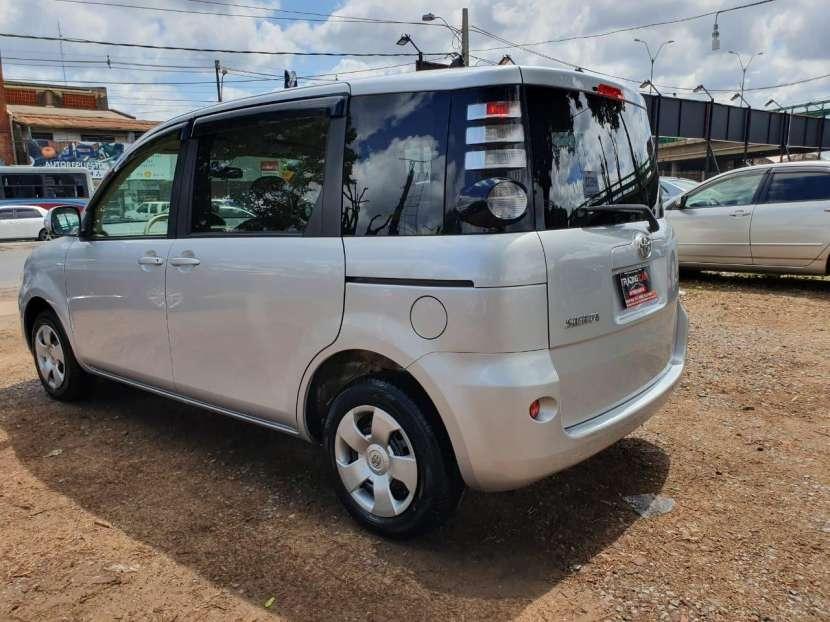 Toyota Sienta 2009 - 5