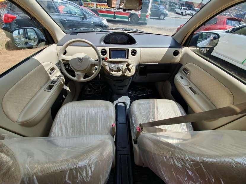 Toyota Sienta 2009 - 7