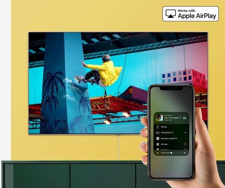 Smart TV Samsung 82 pulgadas 4K QLED UHD Q60R - 2