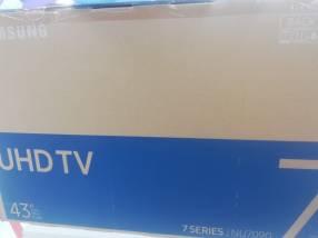 TV Samsung Smart Ultra HD de 43 pulgadas