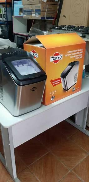 Fabricadora de hielo Tokyo 8.7 Kg carga manual