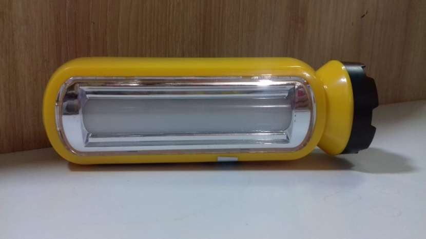 Linterna led recargable - 0