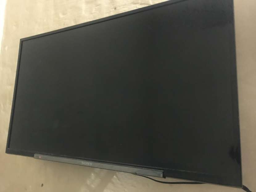 Sony Tv Bravia de 40 Pulgadas - 0