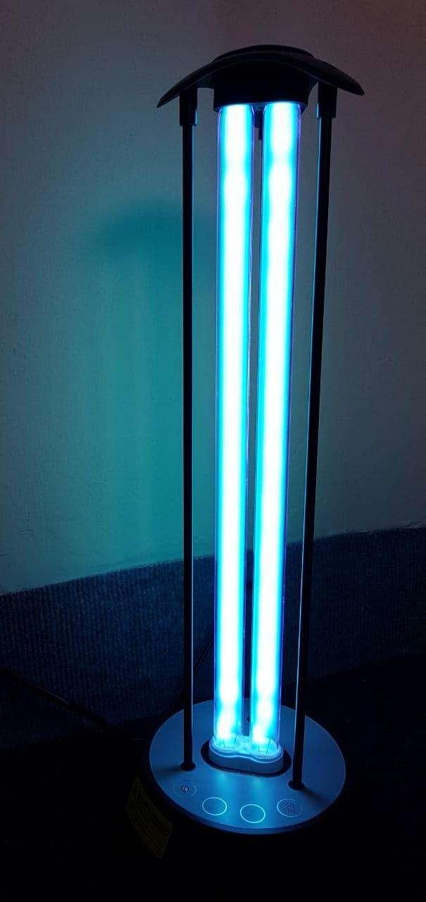 Luz esterilizadora desinfectante a control - 0
