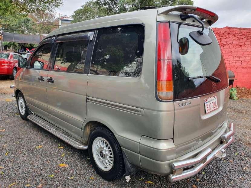 Toyota noah 1998 - 4
