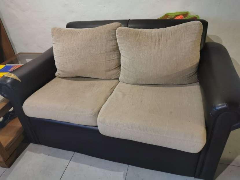 Sofá de dos cuerpos - 1