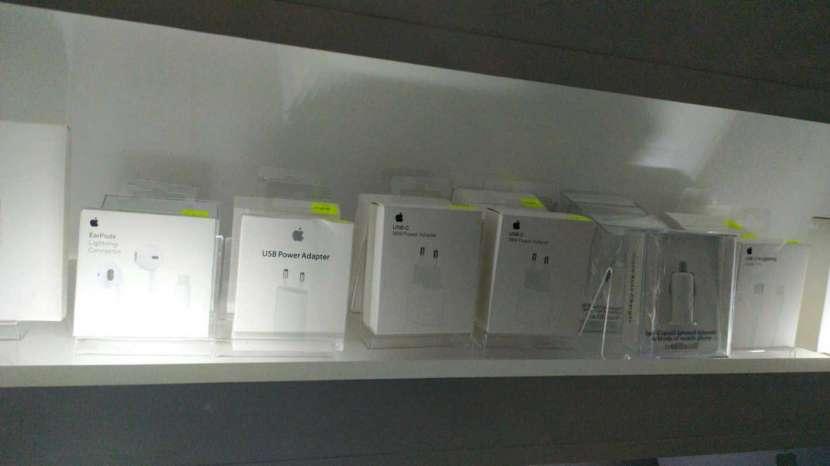 Cargador y auricular original para iPhone - 0