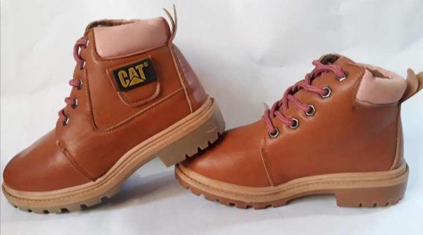Botas CAT - 3