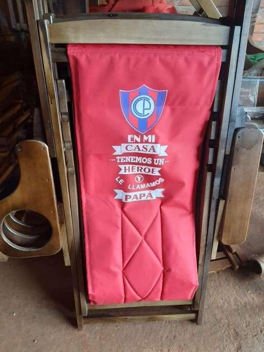 Sillas plegables con porta champañera personalizados - 4