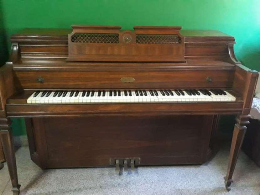 Piano alemán Lowrey - 0