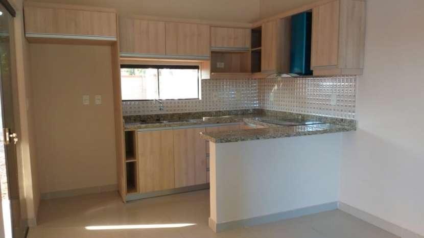 Duplex a estrenar en villa adela-luque 3 dorm+2 cocheras. - 3