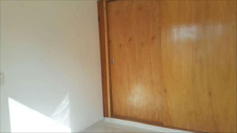 Departamento de 2 dormitorios zona Lambaré - 4