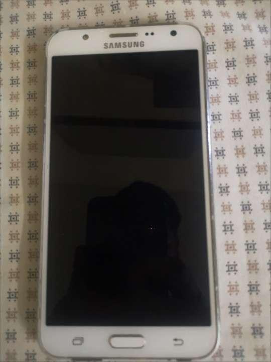 Samsung Galaxy J7 - 0