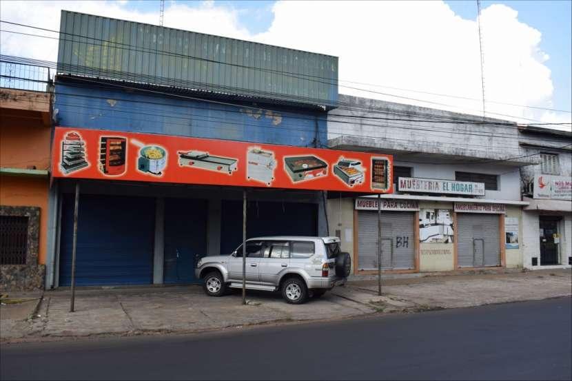 Salón comercial en Barrio Bernardino Caballero - 0