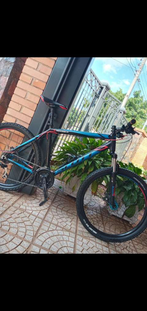 Bicicleta Scott aro 26 cuadro L - 0