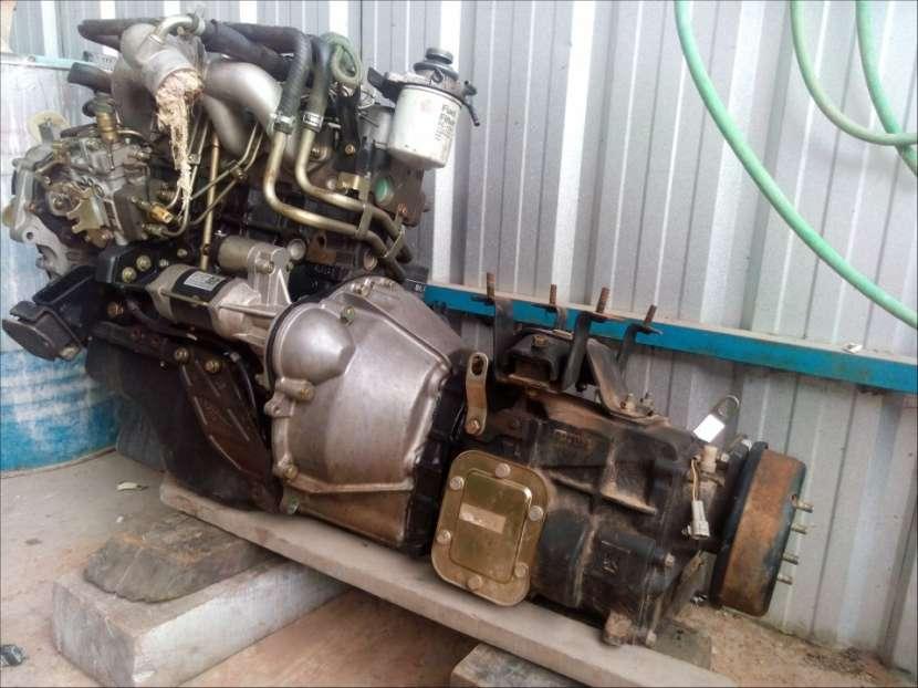 Motor 4JB1 con caja completo - 1