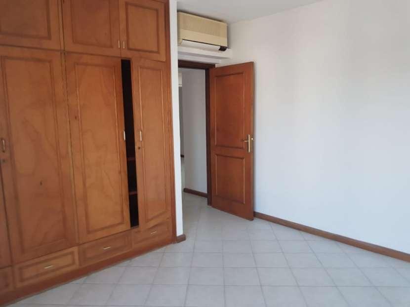 Departamento en edificio Karimi - 0