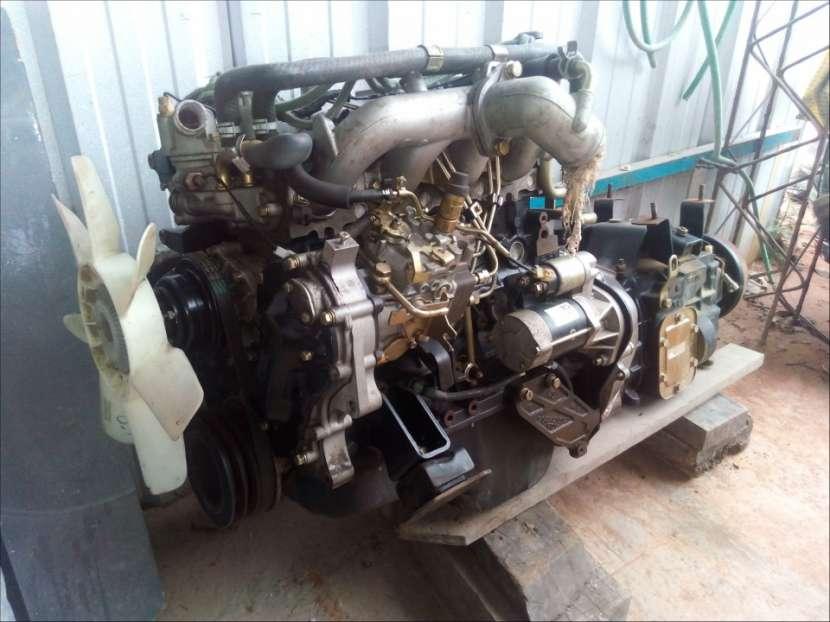 Motor 4JB1 con caja completo - 0