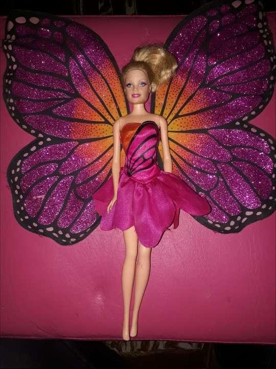 Muñeca Barbie Mariposa Original y Muñeco Rey Ken Original - 0