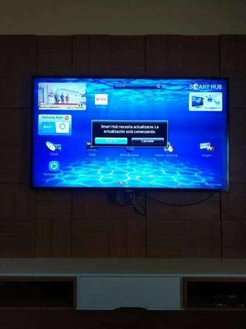 Smart TV Samsung de 55 pulgadas - 1