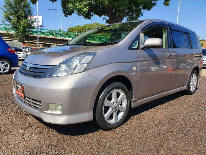 Toyota isis 2007/2006 - 0