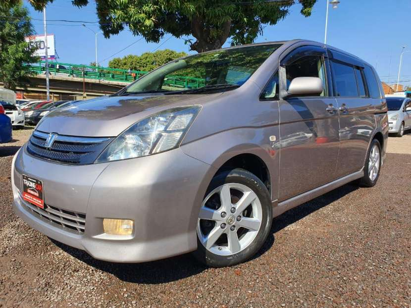 Toyota isis 2007/2006 - 4