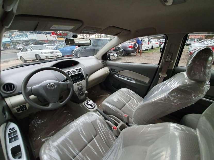 Toyota belta 2011 - 4