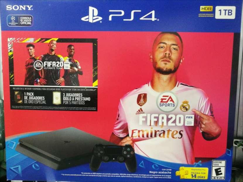 PS4 Slim de 1 TB con Fifa 20 - 0