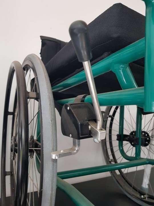 Silla de ruedas deportiva - 3