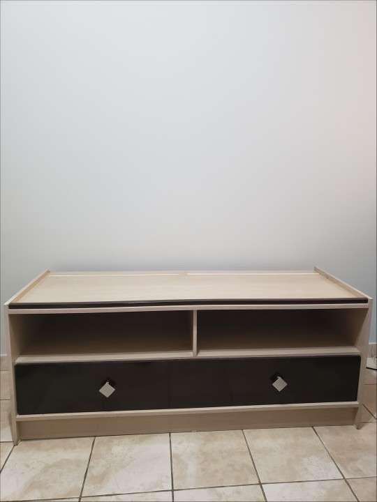 Mueble en buen estado - 1