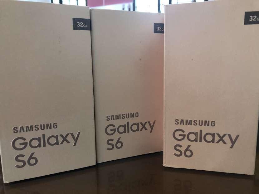Samsung Galaxy S6 nuevo en caja - 1