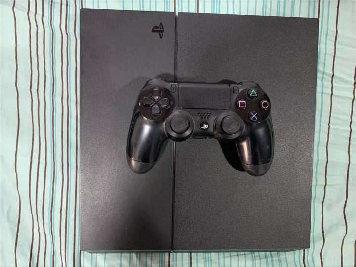 PS4 fat 1TB - 2