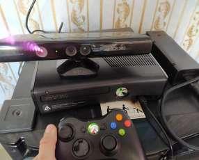Xbox 360 + Kinect + GTA V y UFC