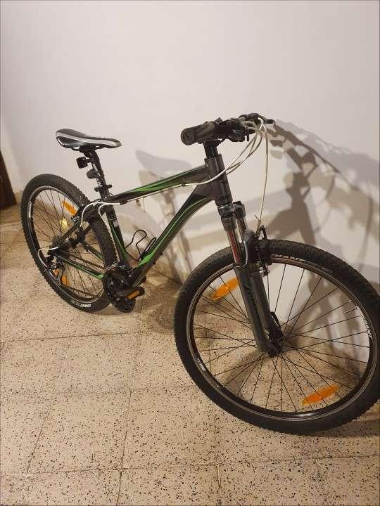Bicicleta Giant Revel - 2