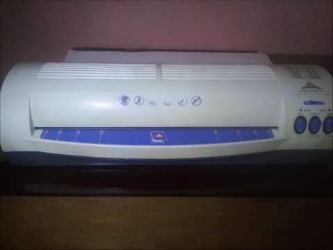 Plastificadora - lamiadora Jielisi 330-1 A5 A3 Frio-Calor.