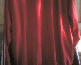 Campera Adidas color rojo