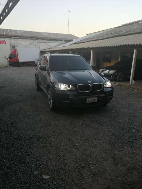 BMW X5 Premium 2011