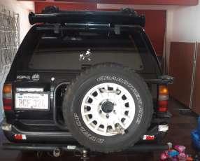 Nissan Terrano 1998