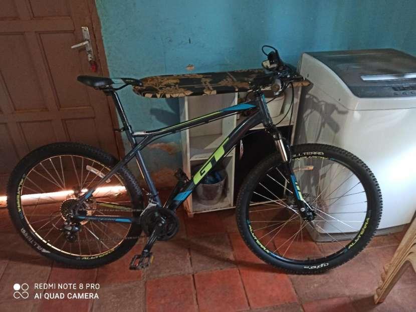 Bicicleta GT aro 27.5 - 0
