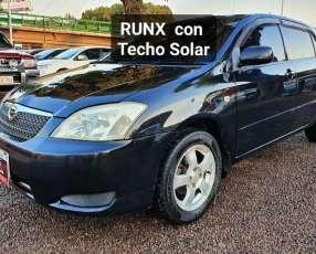 Toyota Runx 2002 con techo solar